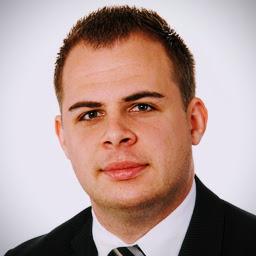 Pascal Schomaker Insurance Broker bei simplesurance